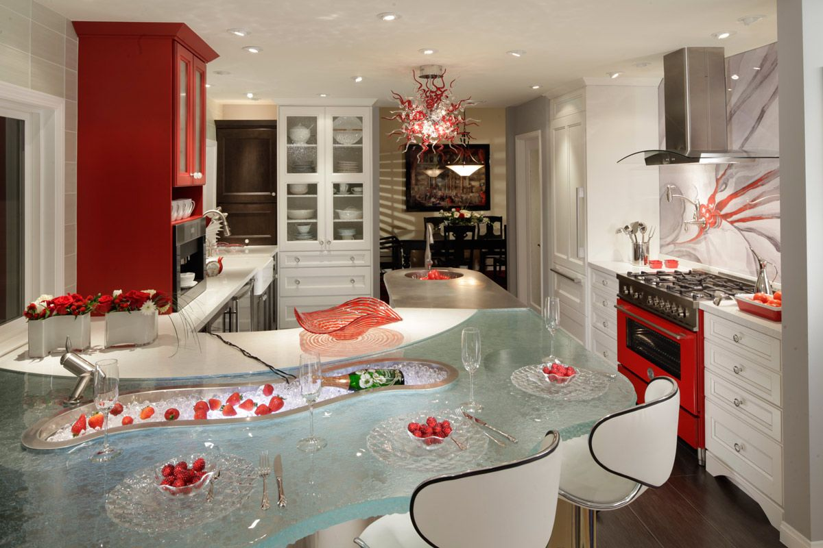 ... Cheerful Kitchen Design With Red And White Cabinetry ...